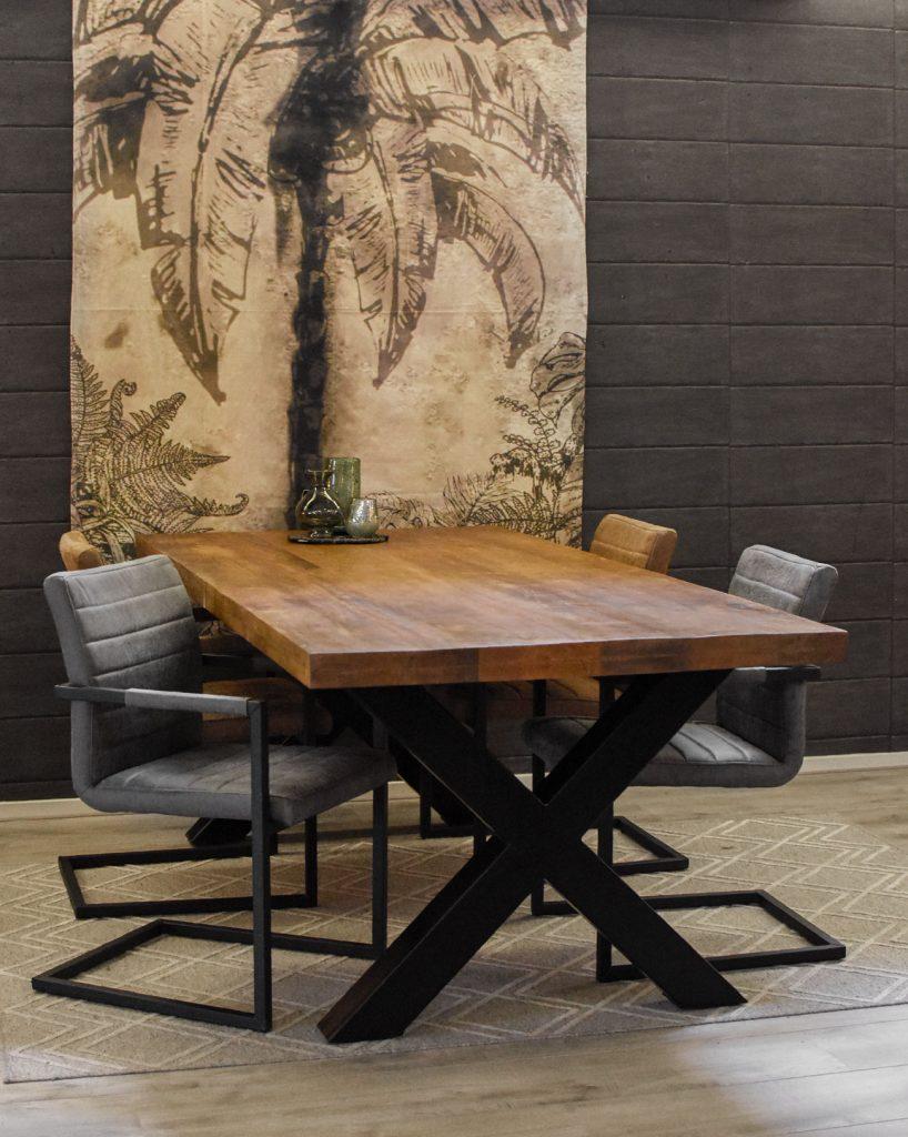 Eettafel Monique & 4 nine stoelen